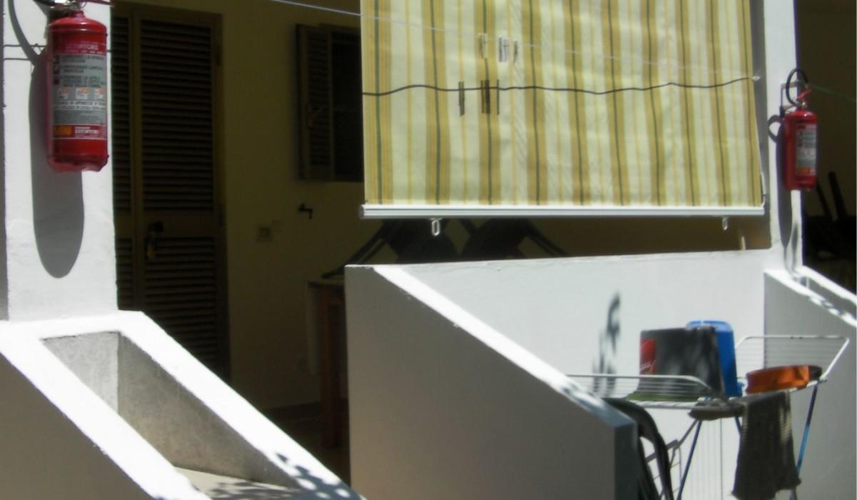 Appartamento a schiera immerso nella vegetazione del piccolo complesso residence maddalena di vieste