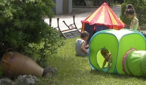 giochi per bambini nel residence maddalena