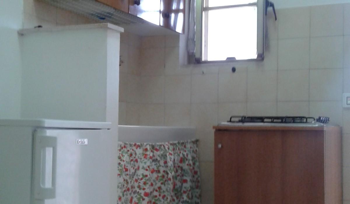 casa vacanze residence maddalena, angolo cottura dell'appartamentino, gargano